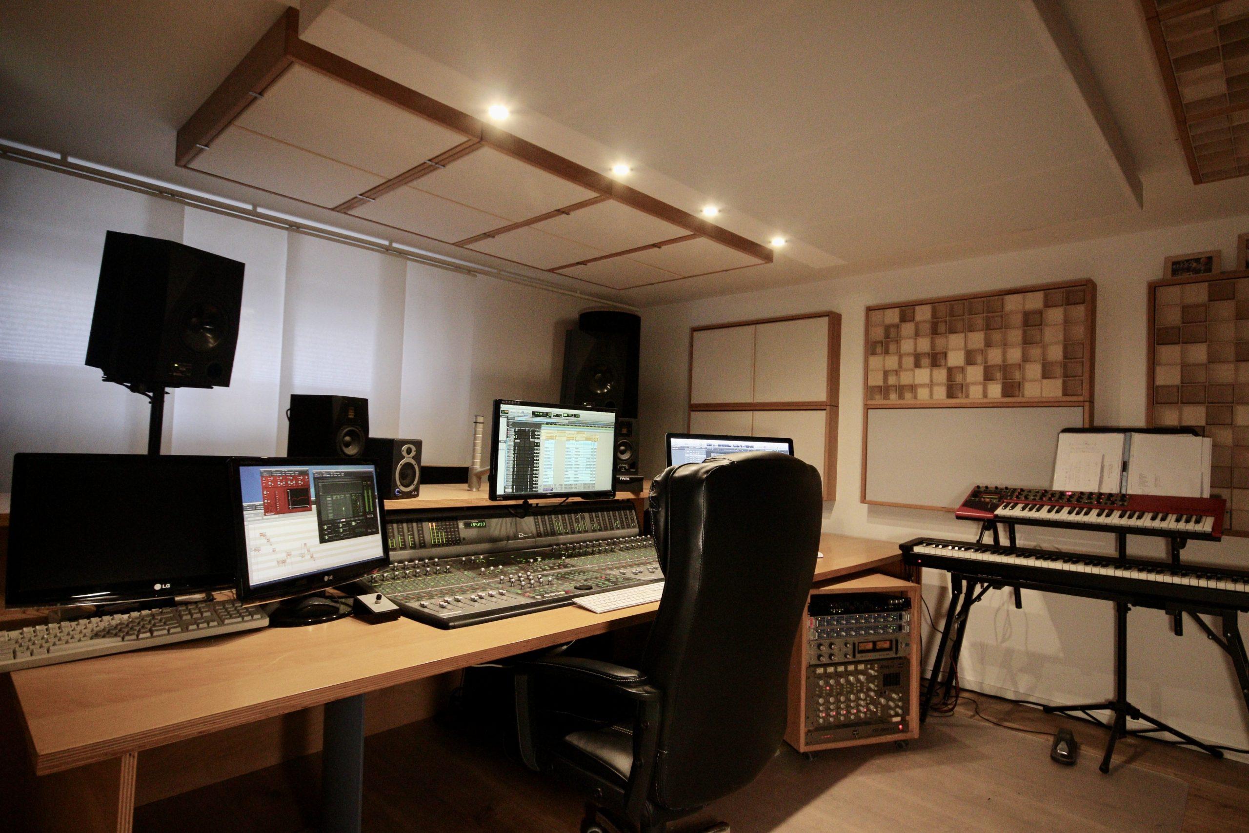Studio Pult Mischpult Rechts